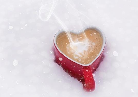 Chocolat chaud en coeur