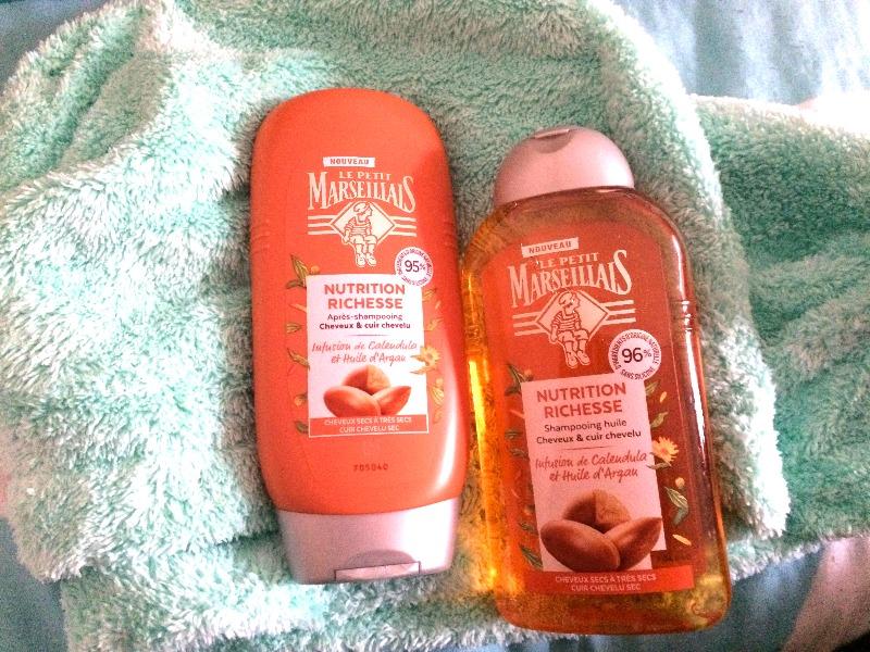 Shampoing et après-shampoing le petit marseillais