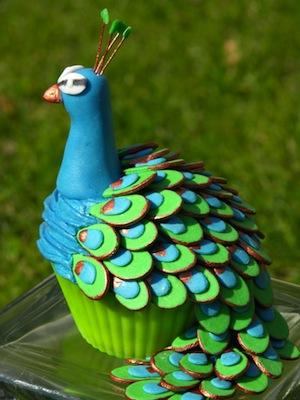 Le sublime cupcake en forme de paon