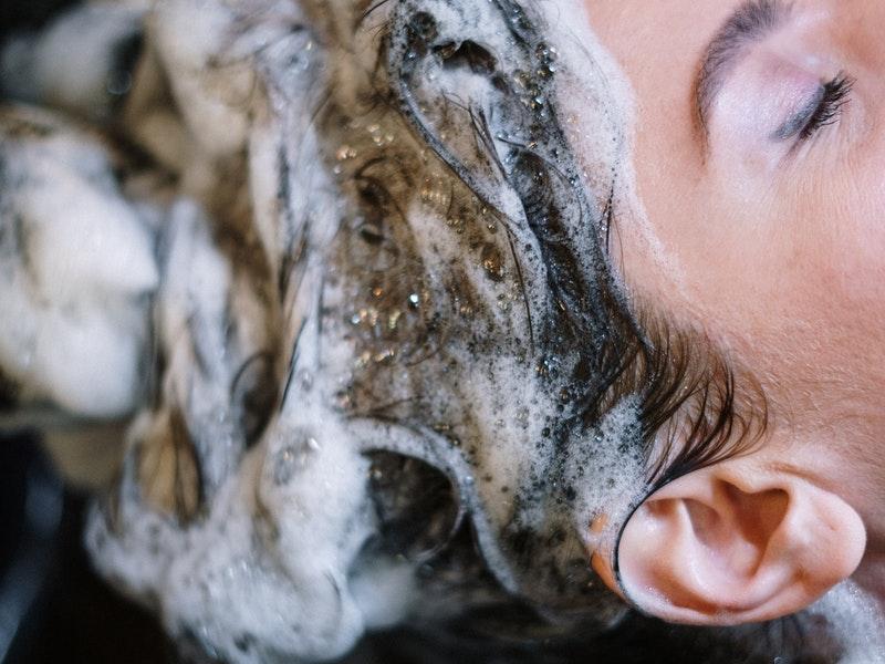 Laver les cheveux
