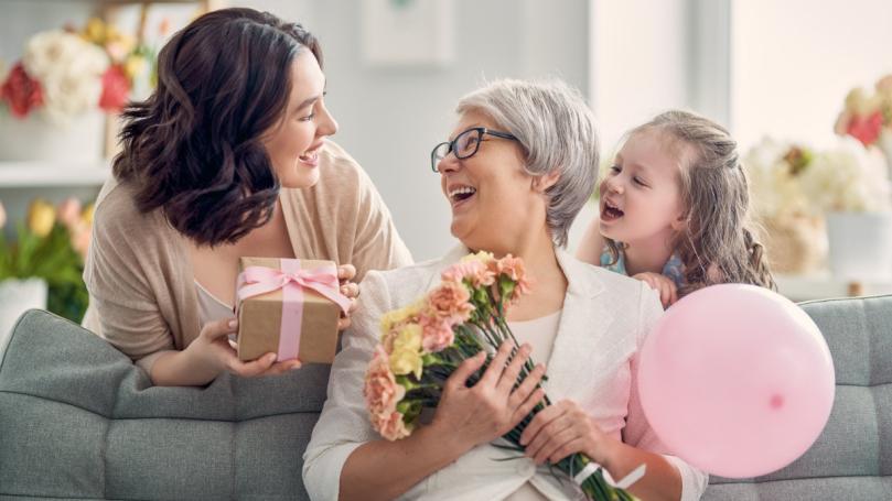 Ces cadeaux chrétiens qui feront plaisir à coup sûr à votre mère
