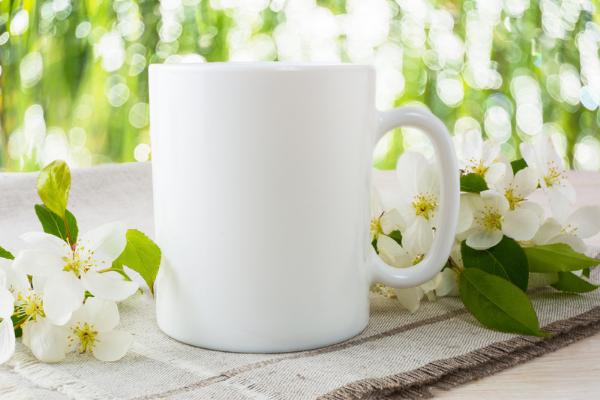 Un mug est un cadeau pratique à offrir (c) Canva